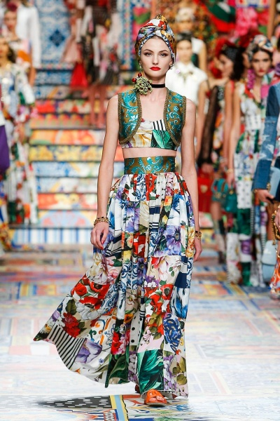 Paula Cioltean show Dolce and Gabbana Milan Fashion Week SS2021